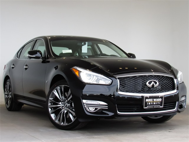 New 2017 INFINITI Q70 3.7X AWD, PREMIUM PACKAGE