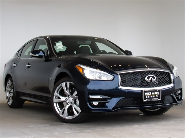 New 2017 INFINITI Q70 3.7X AWD, PREMIUM PACKAGE, SPORT PACKAGE, TECHNOLO